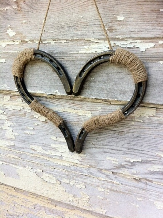 Wedding decor horseshoe heart decor horseshoe heart horse shoe for How to decorate horseshoes