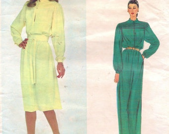1970s Nina Ricci Womens Boho Pullover Day or Evening Dress Vogue Paris Original Sewing Pattern 2352 Size 10 Bust 32 1/2 UnCut