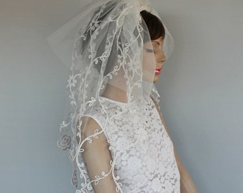 Applique Lace Tulle Veil, Waist Length, Two Tiers, 2 Layers Bridal Sheer Blusher, Fascinator, Classic White Weddings Unique Item