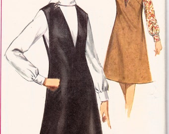 """1960s Misses Mod V-Neck Jumper and Blouse Simplicity 5633 Womens Vintage Sewing Pattern Bust 31.5"""""""