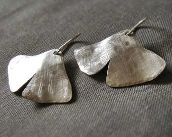 Brooklyn Ginkgo Earring hand forged silver aluminum ginko ginkgo leaf dangle earring drop earring brushed silver earring brushed gold