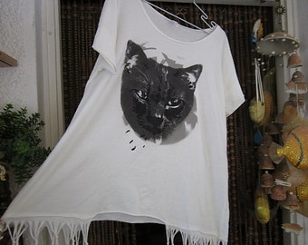White Fringed Top with Painted Cat Print, Vintage - Large