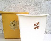 Popular items for plastic trash can on etsy for Gold bathroom bin