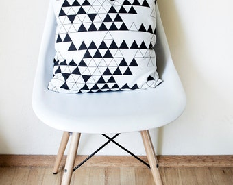 Vackla Pillow Cover