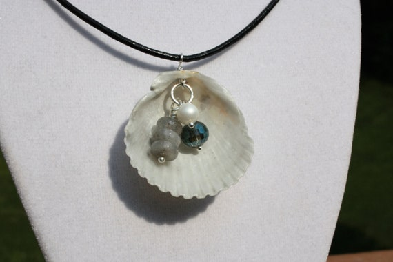Scallop Shell Necklace with Gemstone and Crystals