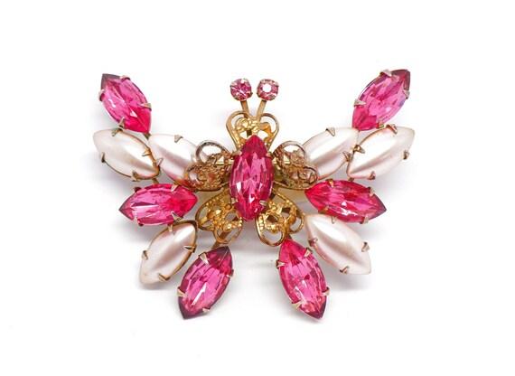 Large Pink Rhinestone & Pearl Butterfly Brooch, Pearl Butterfly Pin, Pink Butterfly Pin, Rhinestone Butterfly Figural, Butterfly Brooch