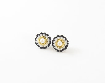 FREE SHIPPING studs gold earrings, black and white post beaded earrings, freshwater pearl studs, beadwork small round post earrings