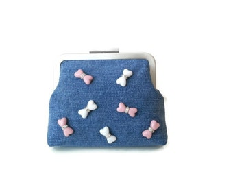 Denim Frame Purse Cosmetic Bag Kiss Lock Purse with beads and crystal Beaded Purse Frame Clutch Coin Purse Valentine & Birthday Gifts Wallet