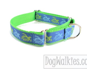 """Green Sea Turtles Dog Collar - 1"""" (25mm) wide - Quick Release or Martingale Dog Collar"""