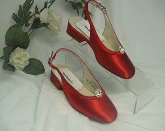 Red Shoes Girls  with crystals brooch- red and many colors shoes - flower girls shoes, low heel, slingback, Pageant Wear, First Dance