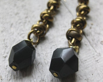 Bold BLACK FACETS knotted brass chain earrings