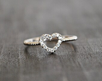 STERLING SILVER HEART ring...