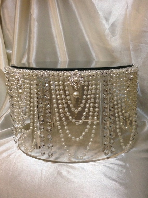 Vintage inspired Pearl & crystal design wedding cake stand