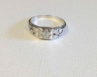 White Gold Diamond Antique Filigree Ring/Engagement Ring in 18 Karat--Edwardian