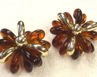 Hair Clip Set, Repurposed Vintage Jewelry, Tortoise Shell Color, Retro, Mod, 1960s