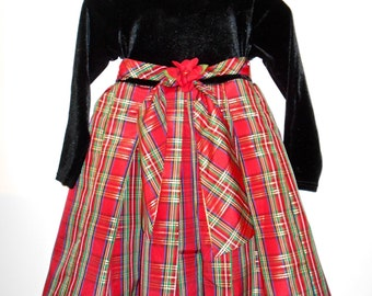 Girl's Vintage Black, red and Green Plaid Party Holiday Wedding Dress Size 5