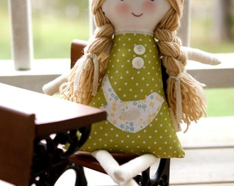 Eco-Friendly Rag Cloth Doll, Personalization Keepsake Waldorf Fabric Doll, Eleanor