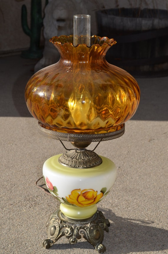 Vintage 1972 Ef Amp Ef Industries Hurricane Lamp Large Amber