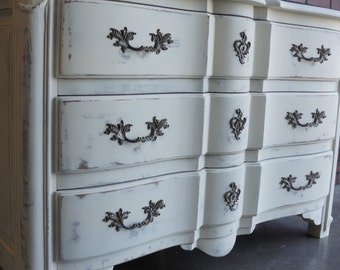 Dresser / Entry Chest / Shabby Cottage Chic Chest / Chest of Drawers by Ethan Allen