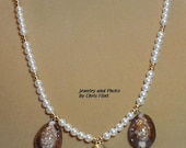 Beautiful pearl and shells necklace - 21 inches - N018