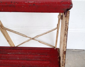 Vintage  RED STEPLADDER RUSTY Chippy Metal Paint Industrial Decor