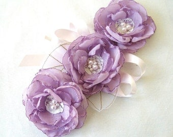 Wedding Accessories Bridesmaids Corsages Cuffs Set Of 4 Wedding Cuff Bridal Sash Radiant Orchid Purple Lilac Pearl Antique White Lace Tulle