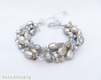 Silver gray freshwater pearl bracelet with agate stone, crystal on silk thread, gray pearl bracelet, chunky bracelet, brown gray bracelet