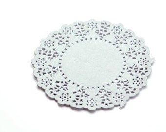 """4.5"""" Pale Gray Round Paper Doilies x 20"""