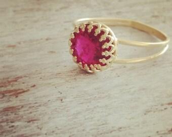 Gold ring,pink ring, stacking ring, vintage ring, stackable ring, fuchsia ring, stackable gold ring, pink 7014