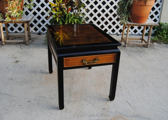 Vintage Century Furniture Chin Hua Side Table End Table Asian