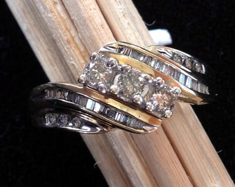 Vintage 1/2 Carat Diamond Ring in 10K Yellow Gold (st - 720)