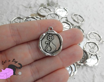 10 Charms with cat - antique silver tone - SP44