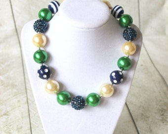 Navy green bubblegum necklace for girls. Birthday Emerald green chunky bead necklace. Christmas necklace. Flower girl necklace.