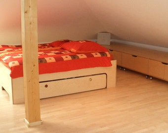 Full bed with large storage drawer
