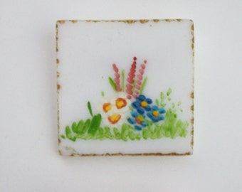 1950s Square White Hand-Painted Floral Lucite Brooch