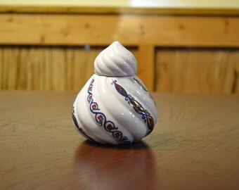 Elizabeth Arden Byzantium Trinket Box Porcelain Made in Japan PanchosPorch