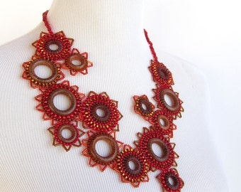 Casual Statement Bib Necklace in red and brown - Efflorescence Line