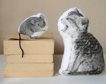 stuffed toys cat and mouse plushies cute nursery decor child friendly great gift idea for baby shower hand painted couple plushies