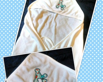 Hooded Towel/Monogram Unisex Initial Towel/Baby Towel/Personalized Baby Towel/Toddler Bath Towel/Baby Shower Gift/Unique Hooded Towel