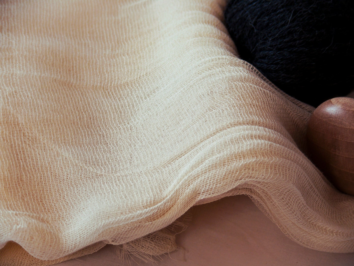 organic fabric Buy organic cotton fabrics by the yard at 25-50% off retail price at mood fabrics widest collection of top quality organic cotton fabrics online new arrivals daily.