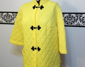 1960's Sunshine Yellow Quilted Asian Blouse by Seamprufe, Size Medium, Vintage 60's Kimono Style Blouse, Japanese Blouse, Chinese Shirt