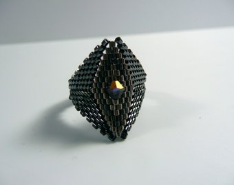 Black Diamond Seed Bead Ring, Peyote Stitch Ring, Black and Silver, size 10 ring, men's ring, size 4, 6, 8, 10