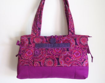 Small Bow Tuck Purse