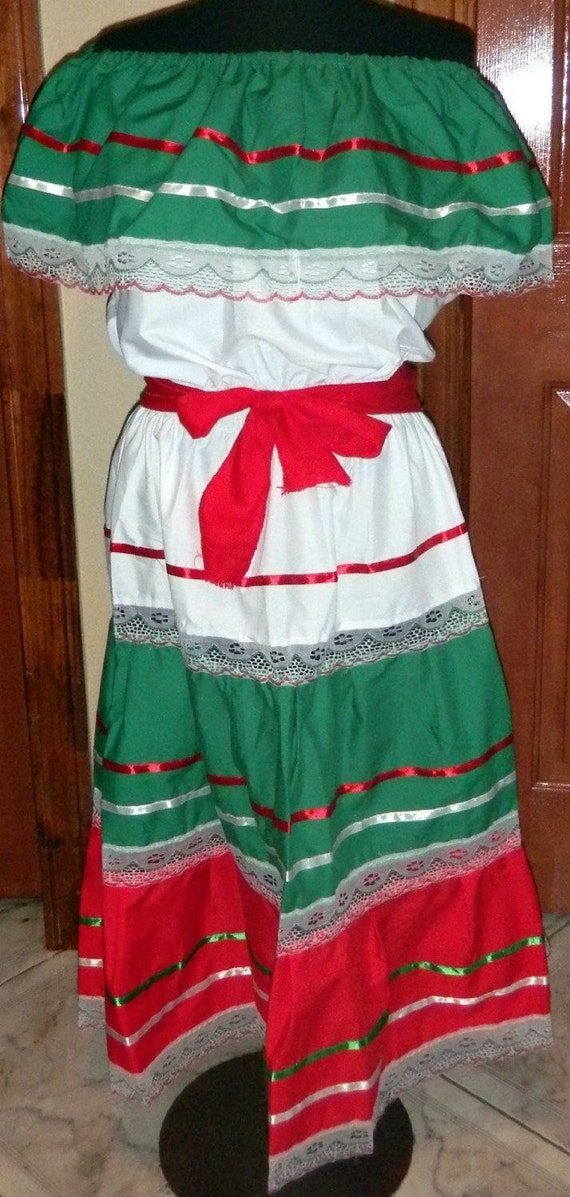 Womens One Size Fits Most Dress Mexican Folklorico Fiesta Dance
