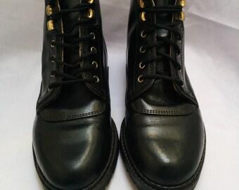 Vintage 90's Aldo Ankle Boot. US6