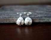 Dangle Peal earrings accented with Gold Leaf, Pearl earrings, Pearl Jewelry
