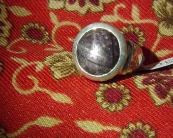 925 silver ring .  Rubis star