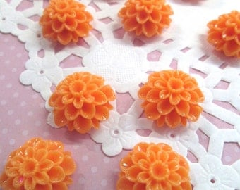 Orange 21mm Mum Flower Cabochons Chrysanthemum Cabs