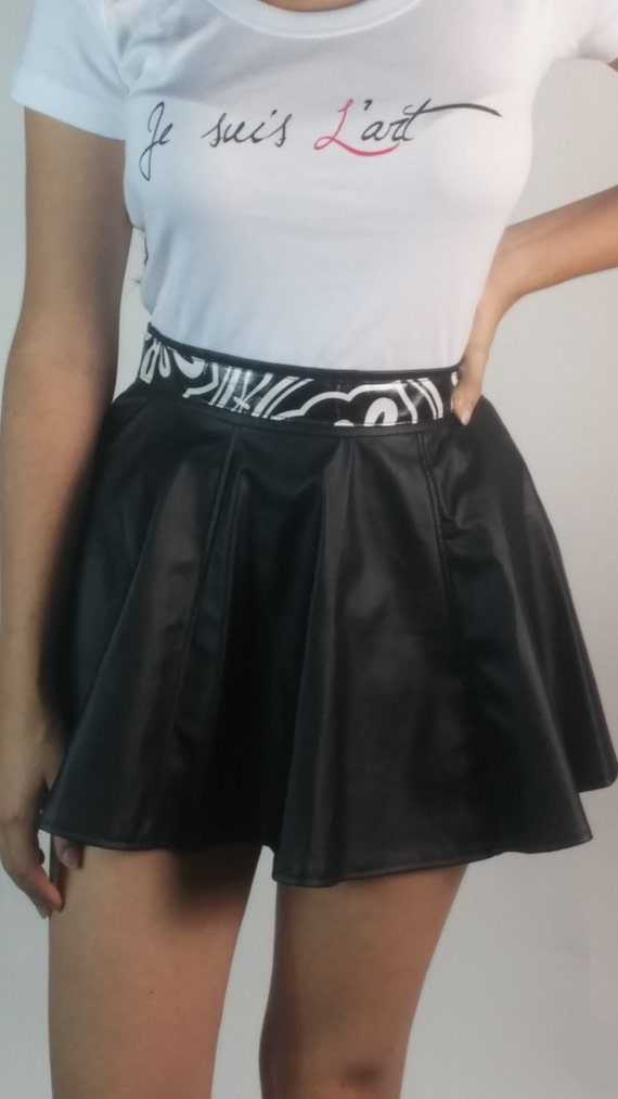 black flowy miny skirt faux leather with waiste by
