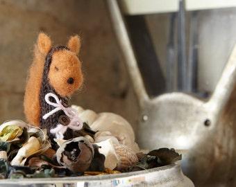 animal felt and knitting (finger puppet) squirrel